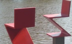 Concrete replicas Rietveld by BTE company Vebo permanently on display